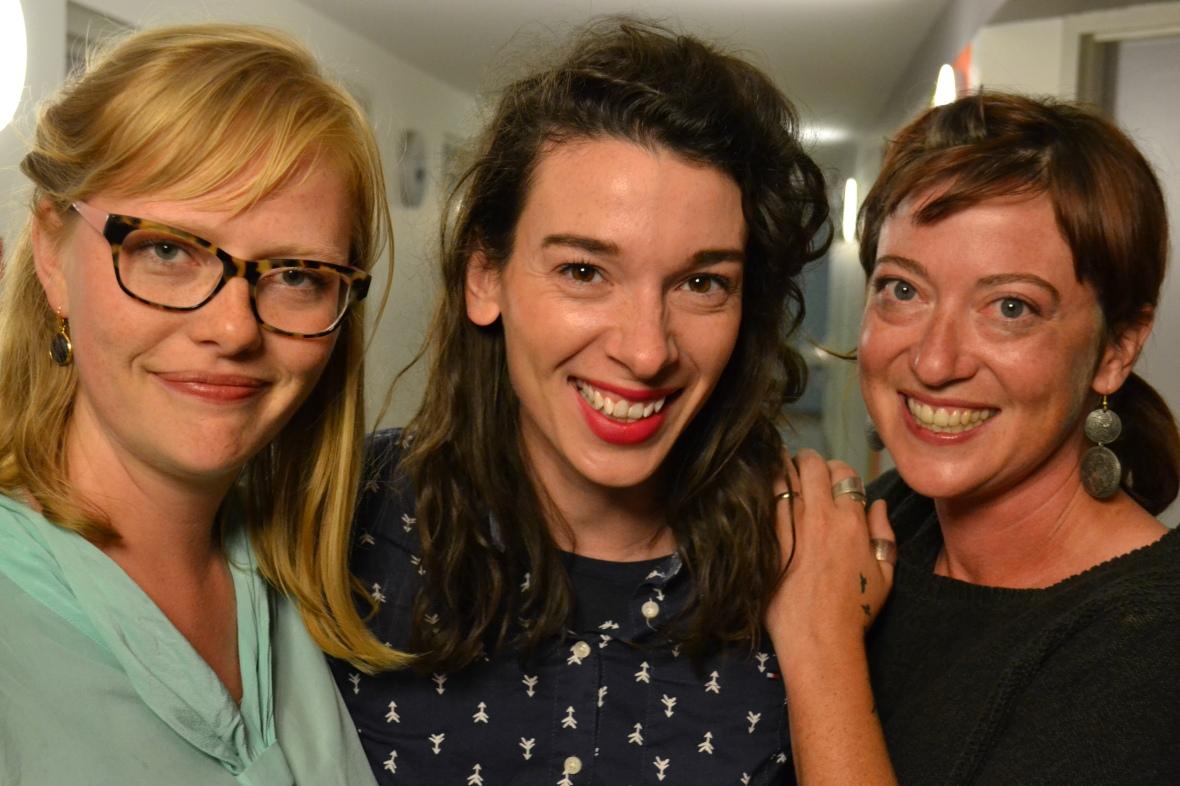 OTT's team: Andraea, Gwendolyn & Claire. Photo by Delf!